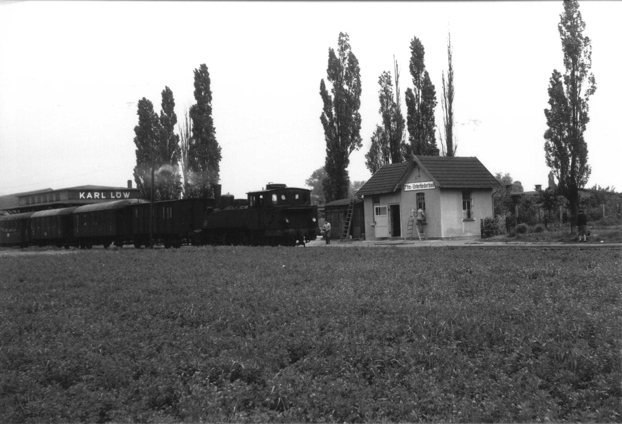 Bahnhof 02
